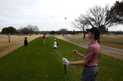 Golf team heads for success